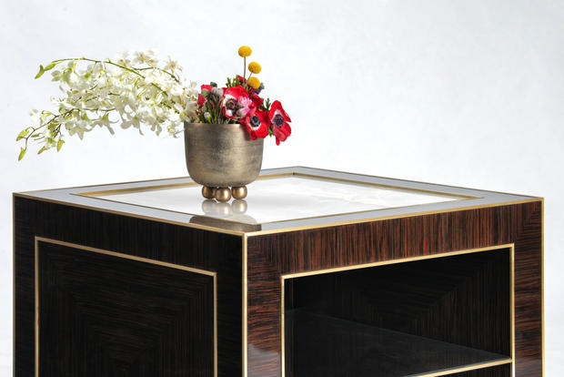 THE CUBE • SIDE TABLE