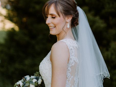 How to Wear a Veil and the Different Hairstyles to Go with it