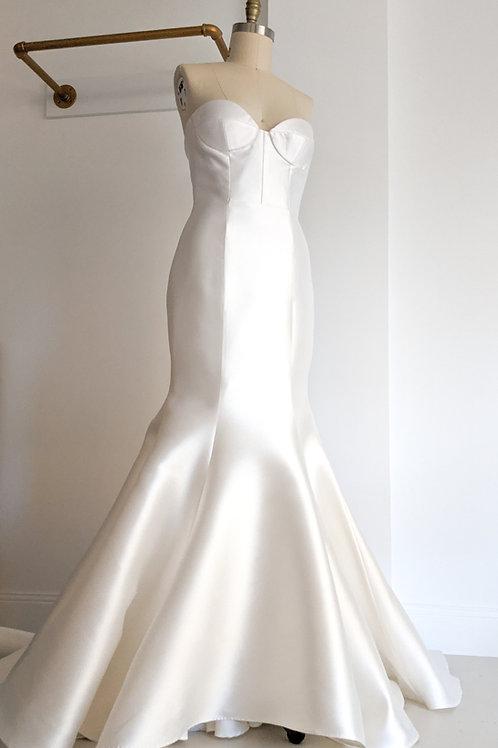 Chosen by One Day Bridal, size 5/ LMT size 14