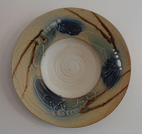 dragonflies and mud pottery