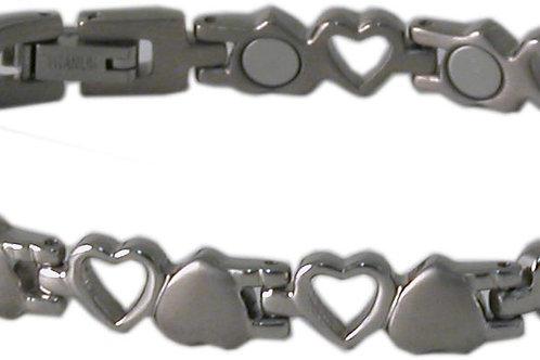 SBP1703 Titanium Silver Heart Magnetic Bracelet