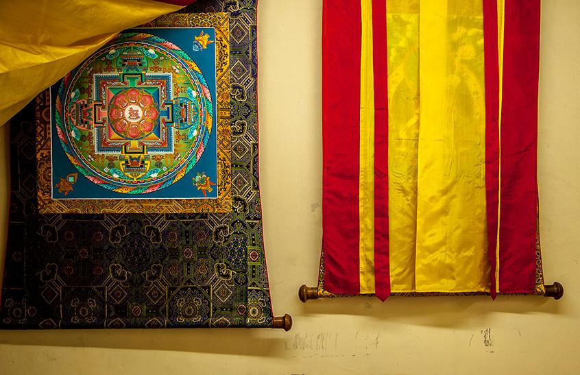 Thangka montado com moldura tradicio
