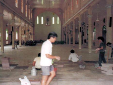 Major renovation in 1985. Tiling in progress