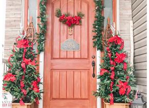 A Hallmark Christmas Home: Front Entry, Master Bedroom & Hawaiian Half Bath