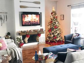 Fa la la la la Christmas Home Tour: Happy Holidays in Wild Rose Country