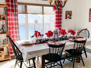 A Hallmark Christmas Home: The Dining Room & Tablescape