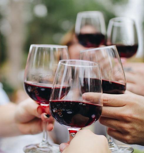 Wine%20Toasting_edited.jpg