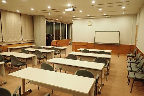 三内丸山遺跡会議室3.JPG