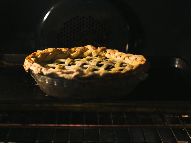 pie-baking-in-oven.jpg
