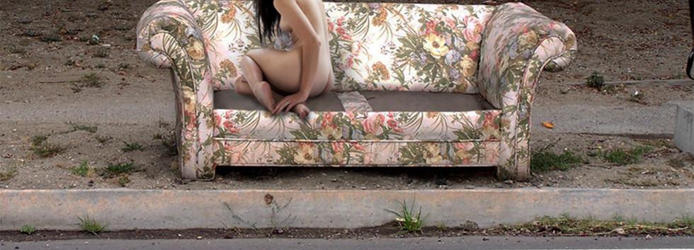 sofa-couch-stray-1240883-o copie.jpg