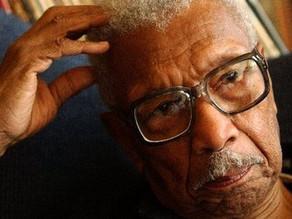 Robert Carter, Fighter Against Segregation, Dies