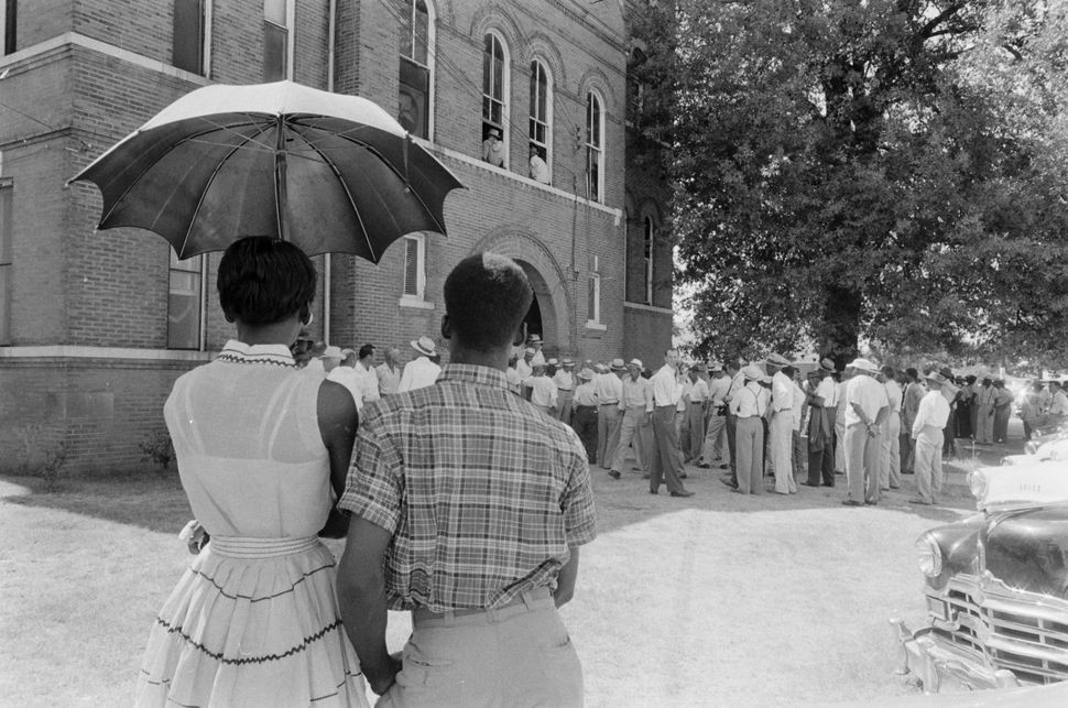 During the trial of Howard Bryant and John Milam, black people in Sumner, Mississippi, saw their white countrymen whipped in