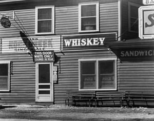 restaurant Maryland 1948 separate entrances white black