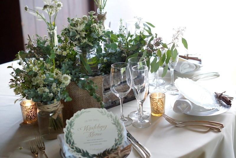 神戸での結婚式のお花ならなんでもご相談ください。レッシグデザインビュロはお二人の気持ちをカタチにします。