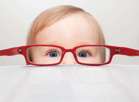 ¿Mi hijo necesita gafas?