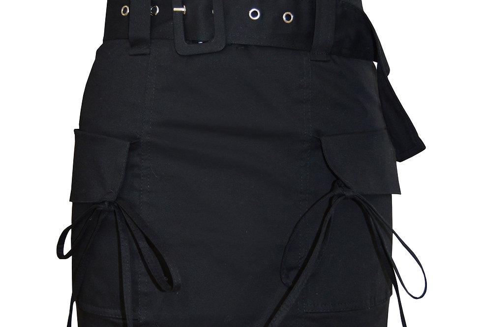 Minifalda elástica con bolsillos ycinturón