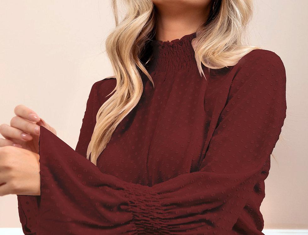 Blusa cuello perkins y lazo frontal ajustable