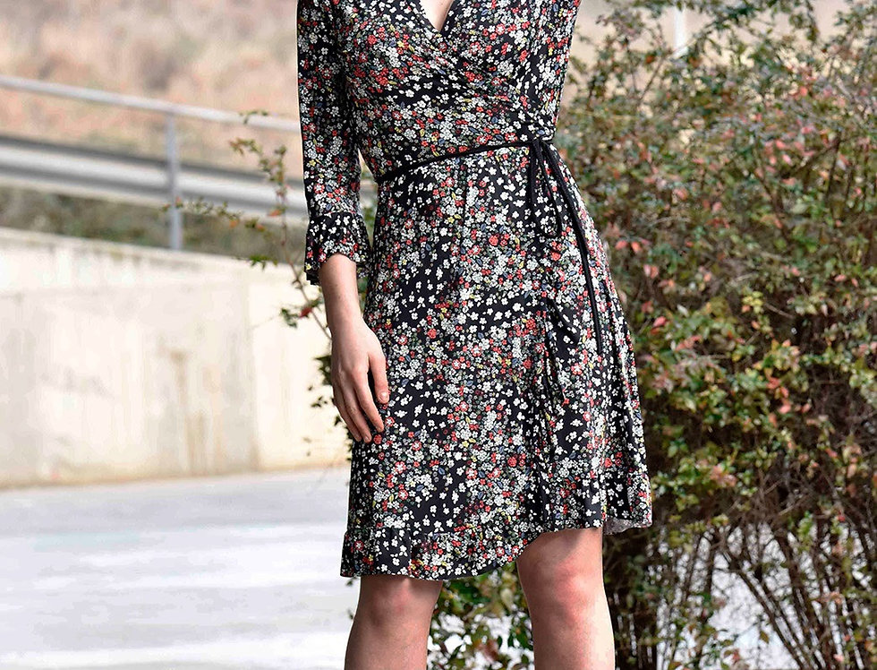 Vestido 5702 midi elástico estampado floral