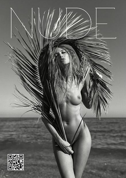 NUDE_Magazine_NUMERO_18_SUMMER_COVER_Fro