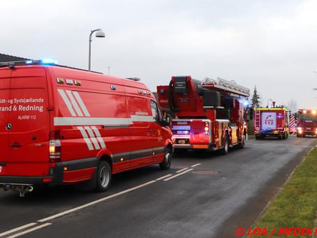 Stort beredskab sendt til villabrand i Mern