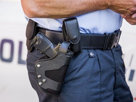 56-årig mand anholdt efter fund af skydevåben