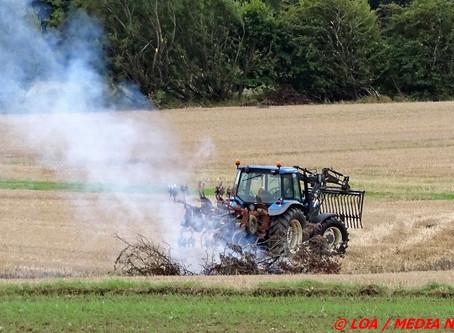 Røgudvikling fra mark ved Rønnede var under kontrol