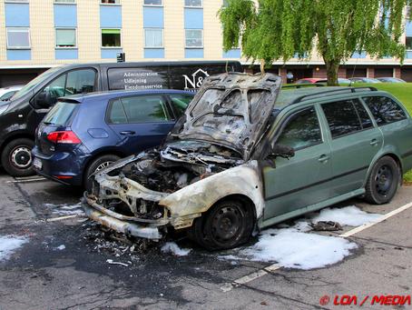 Tre bilbrande inden for 17 minutter i Næstved i nat