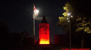 Billedeserie: Gåsetårnet og Stars badet i rødt lys - Blødende eventbranche lyser rødt!