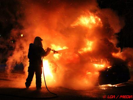 Flere bilafbrændinger i Næstved natten til lørdag.