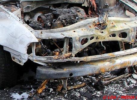 Motorrum udbrændte i bil på Mågevej