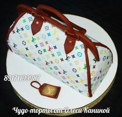 Торт сумочка