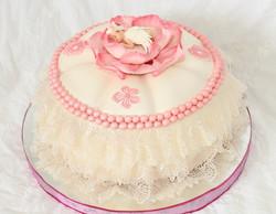 торт малышка в цветке