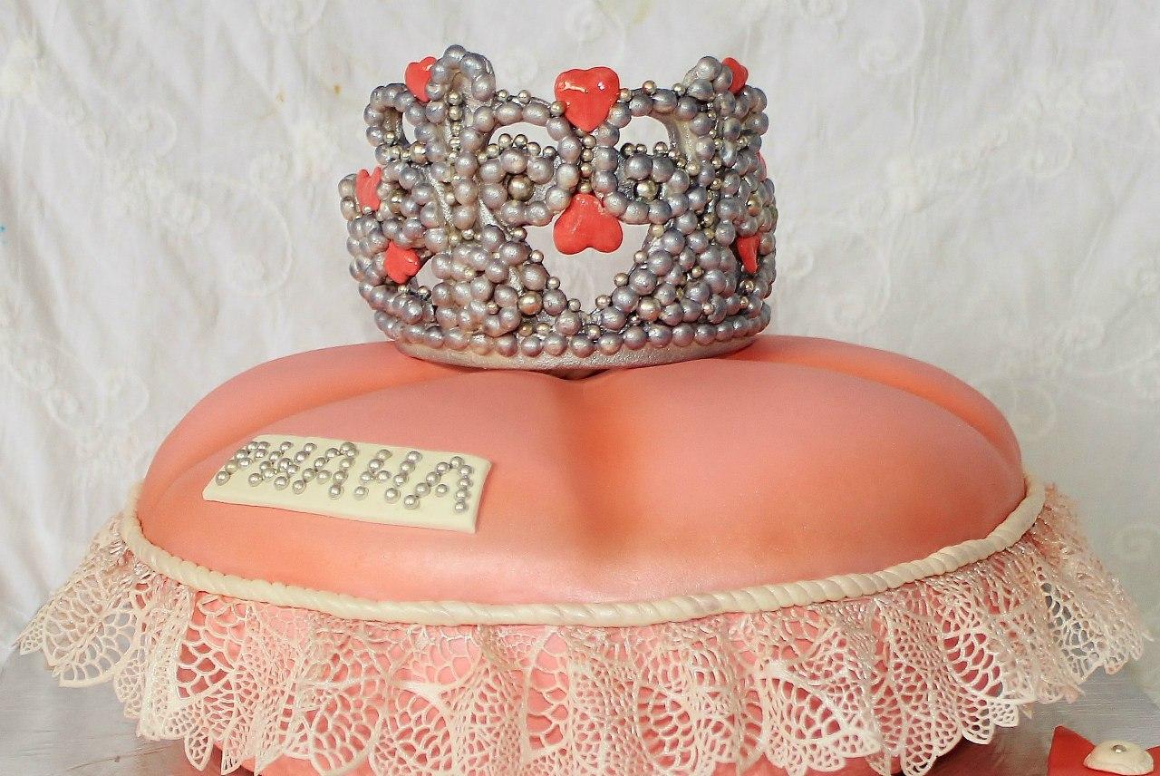 торт Корона для маленькой принцессы