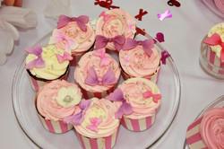 Капкейки в розовом цвете