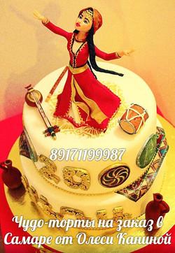 Торт девушка