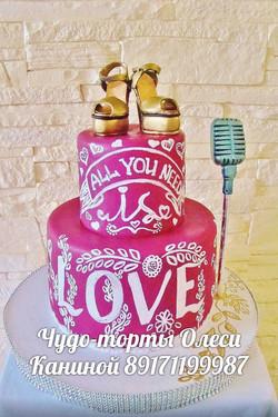 Креативный свадебный торт с росписью