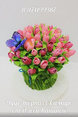 Торт тюльпаны