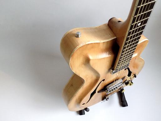 1960年代 クレモナ社(ブルガリア)のルシアーthe best Bulgarian luthier Ivan Vulchinoff