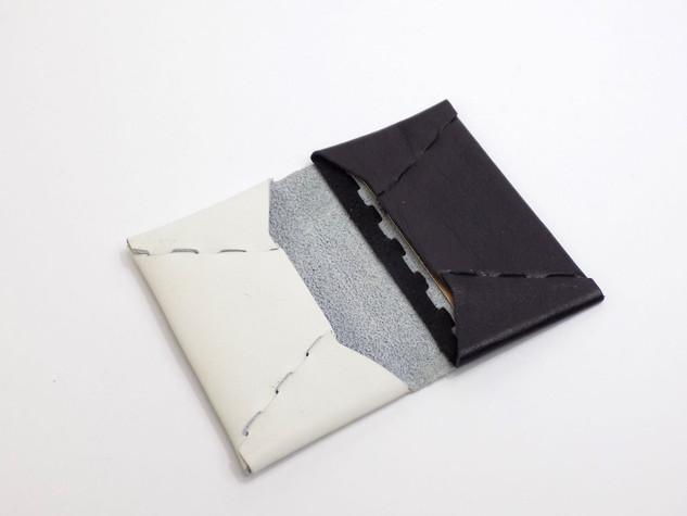 card case white×black