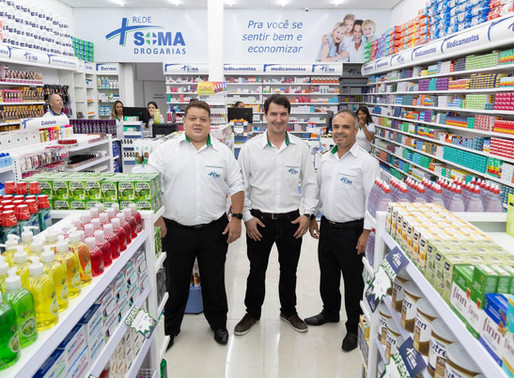 Rede Soma Drogarias inaugura loja conceito.