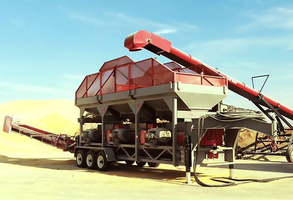 Automatic ATG15000 Electric High Capacity Roller Mill processing grain on a large farm