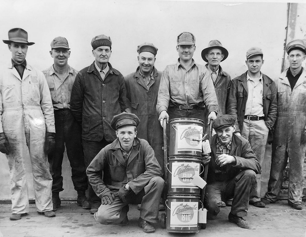 Early company photo of Automatic Equipment