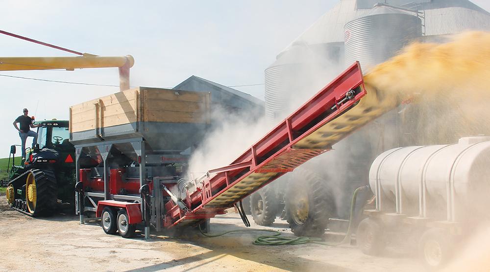 High-capacity grain roller mill using PTO power.