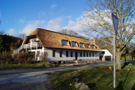 Fuglsø Kro Overnatning på Bed and breakfast i Mols Bjerge