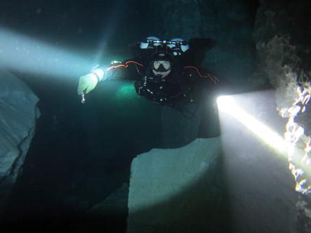 Пещерный курс и первые самостоятельные погружения в пещере