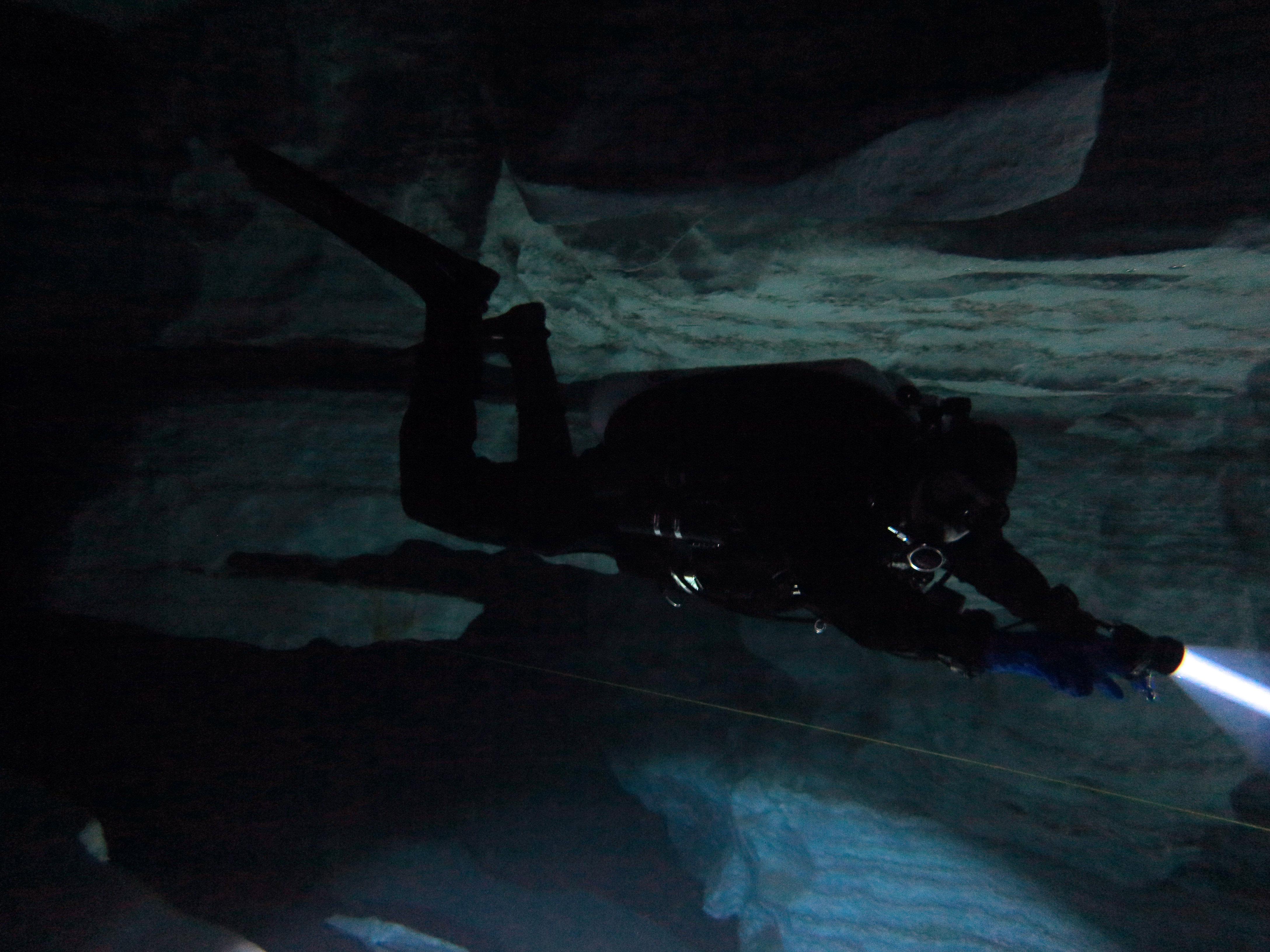 Пещерный дайвер