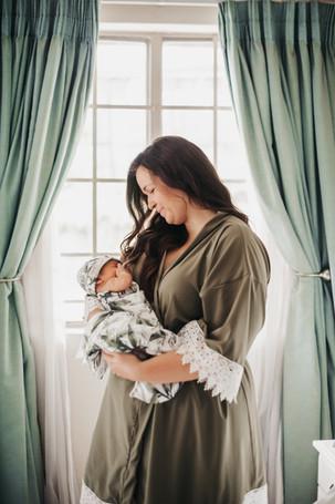 Grayson's Newborn Lifestyle Session (36)