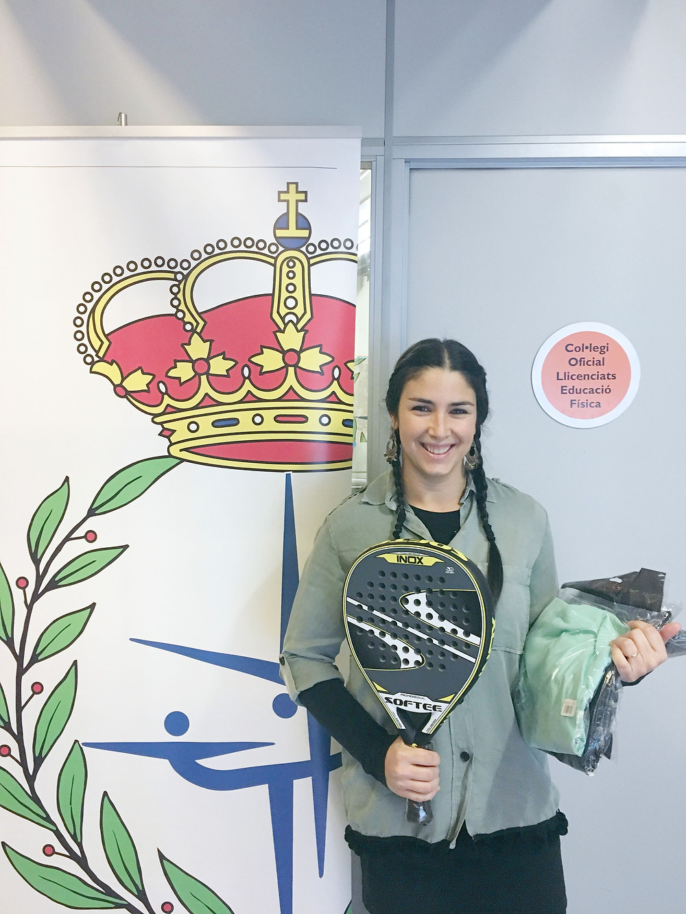 María Zalvez, ganadora del sorteo de pack femenino de ropa deportiva y la pala de pádel
