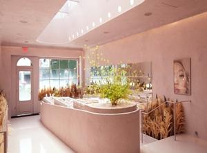 Glossier's newest bricks-and-mortar store LA