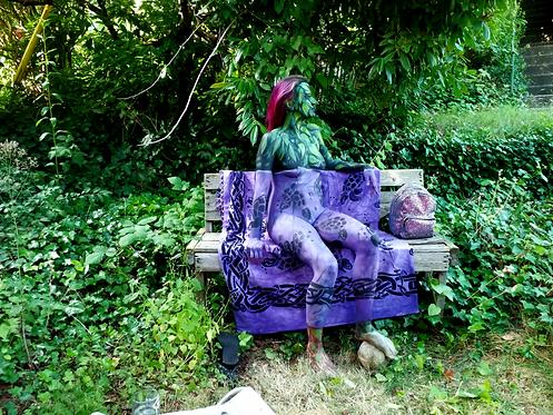 Trompe l'oeil in the garden